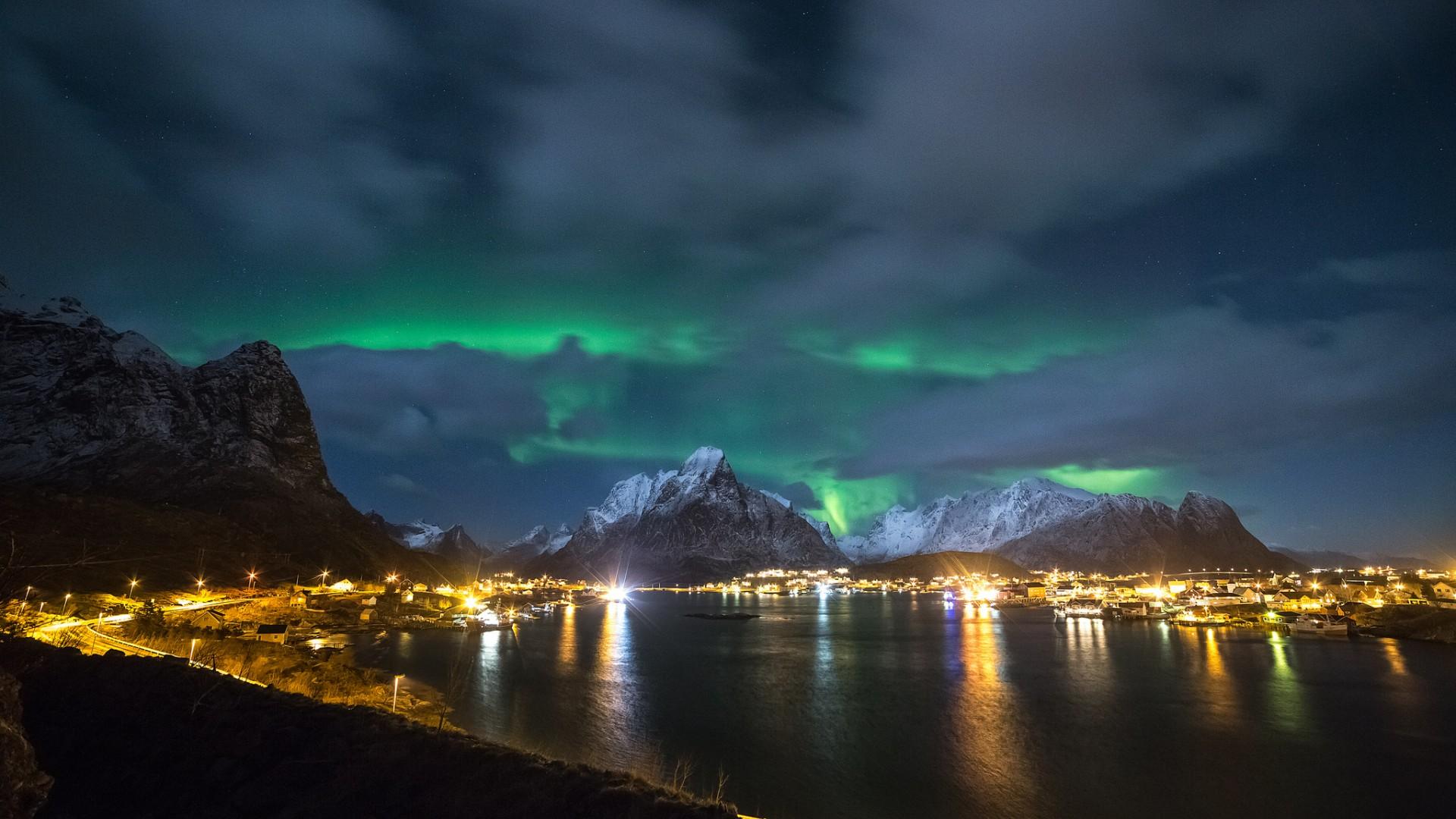 Aurora boreale full hd sfondo and sfondi 1920x1080 id for Aurora boreale sfondo