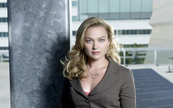 Celebrity - Sophia Myles Wallpapers and Backgrounds ID : 524917
