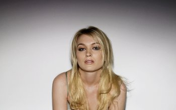 Celebrity - Sophia Myles Wallpapers and Backgrounds ID : 524923