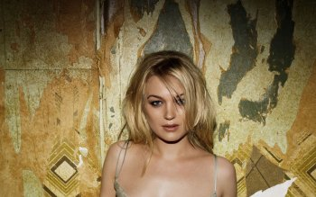 Celebrity - Sophia Myles Wallpapers and Backgrounds ID : 524925