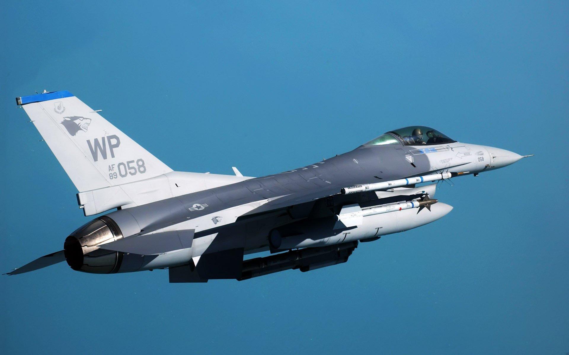 General Dynamics F 16 Fighting Falcon Hd Wallpaper: General Dynamics F-16 Fighting Falcon Full HD Wallpaper