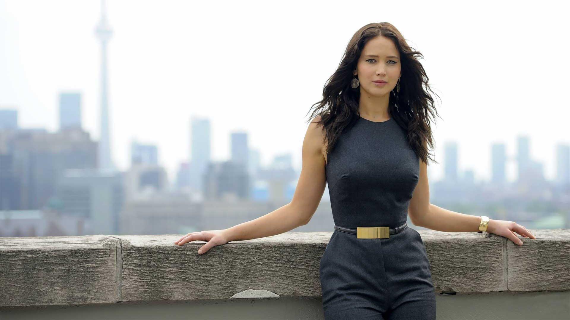 Celebrity - Jennifer Lawrence  Wallpaper