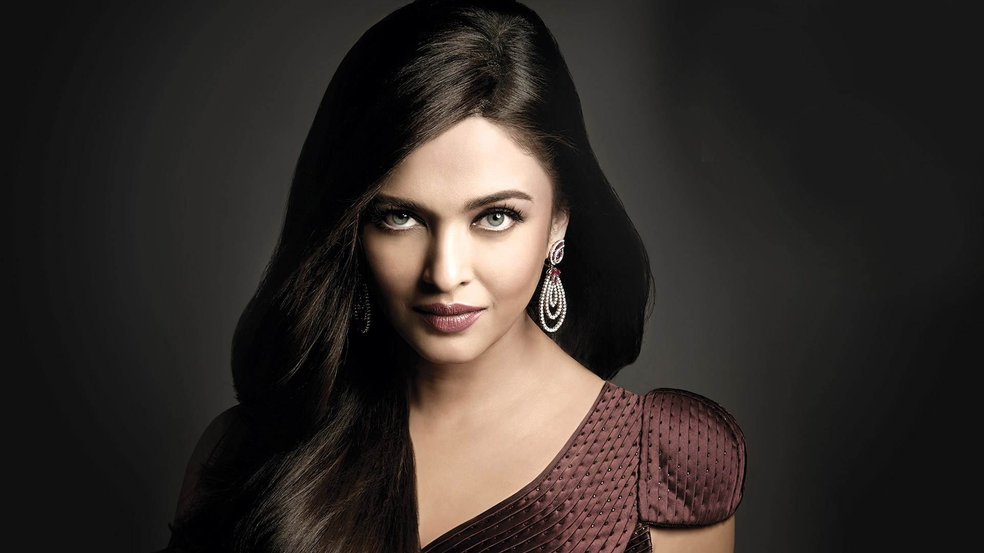 Aishwarya Rai Bachchan photos: 50 rare HD photos of Aishwarya Rai Aishwarya rai hd images