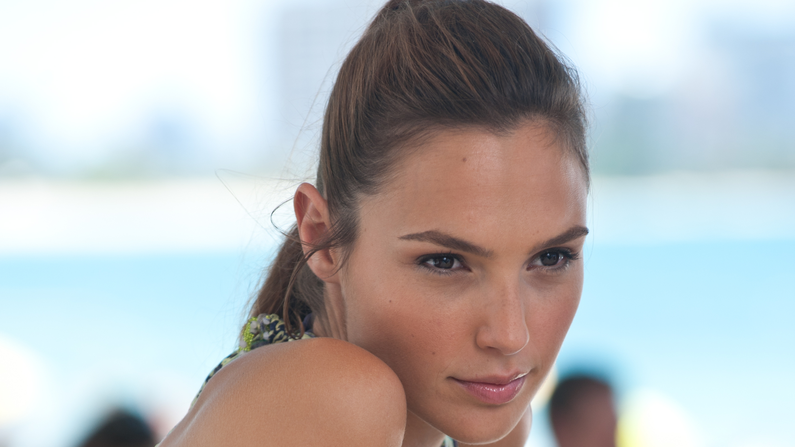 Gal gadot full hd wallpaper and background image 2560x1440 id615844 celebrity gal gadot wallpaper voltagebd Images