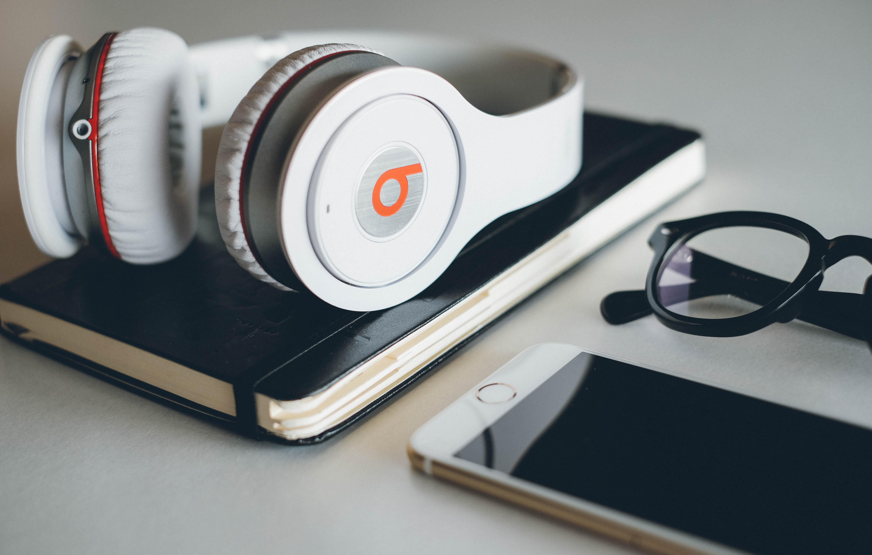 Beats Headphones 4k Ultra HD Wallpaper
