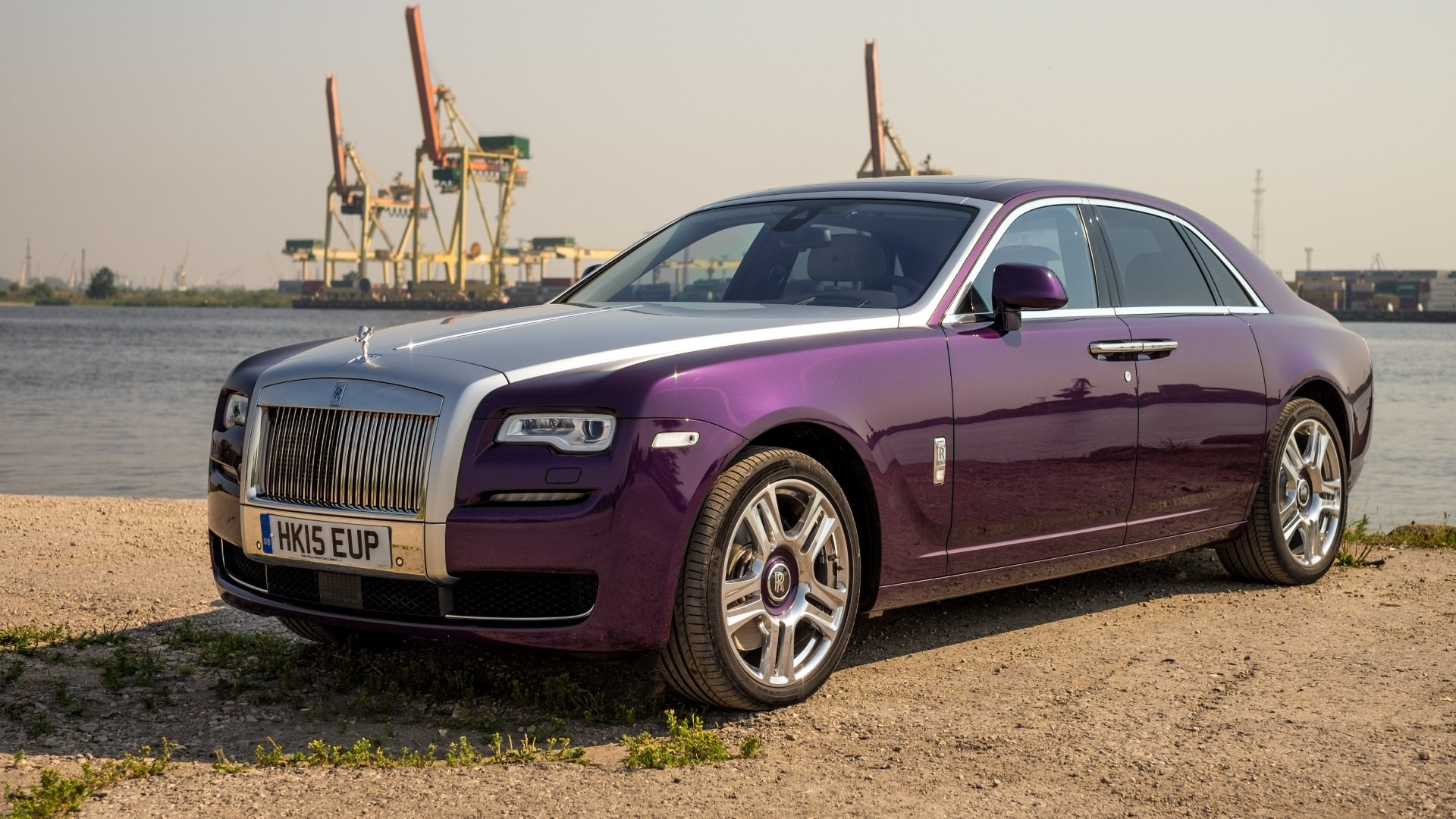 23 4k Ultra Hd Rolls Royce Ghost Wallpapers Background Images Wallpaper Abyss
