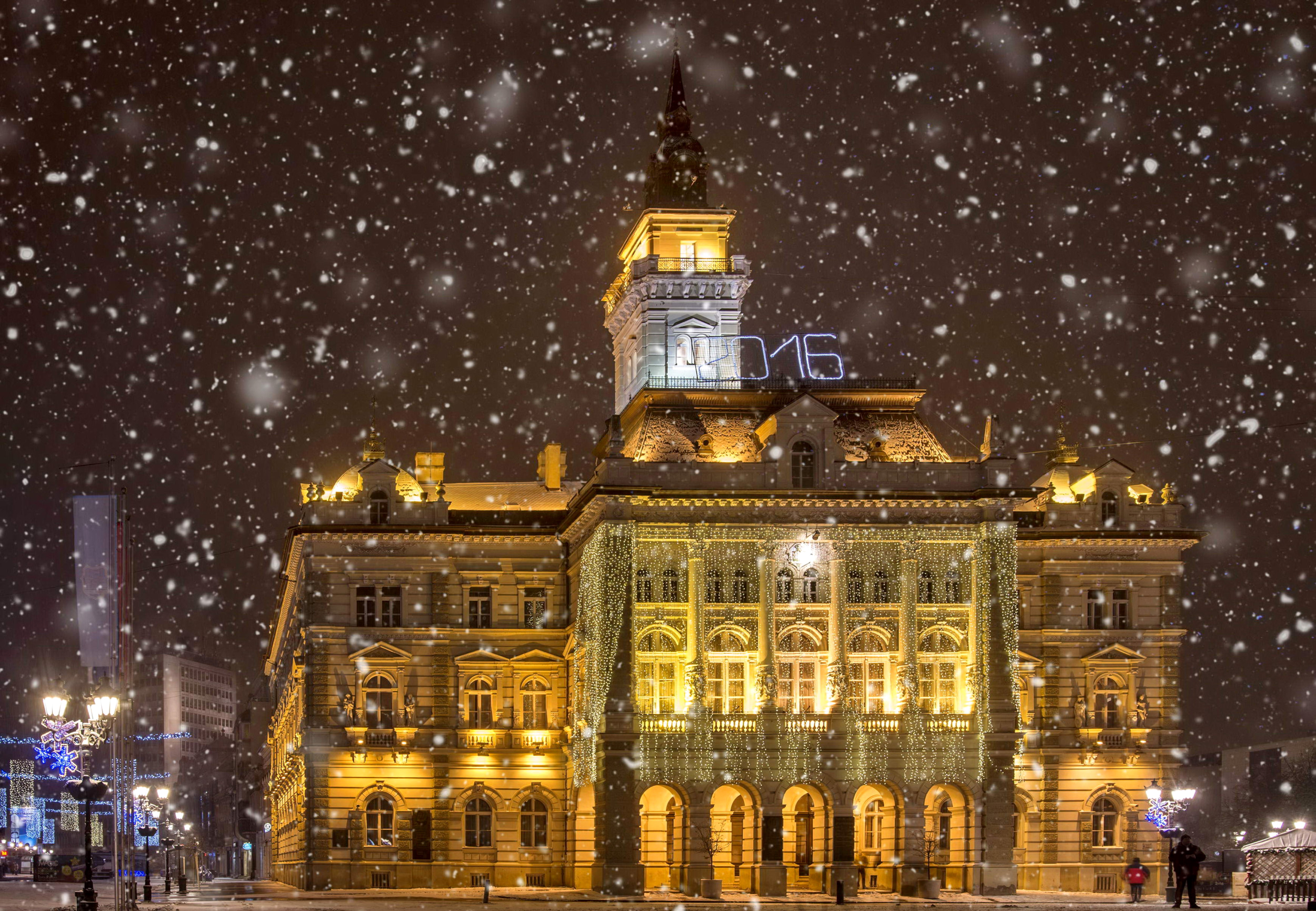 Snow Falling On City Of Novi Sad Serbia Full HD Wallpaper And