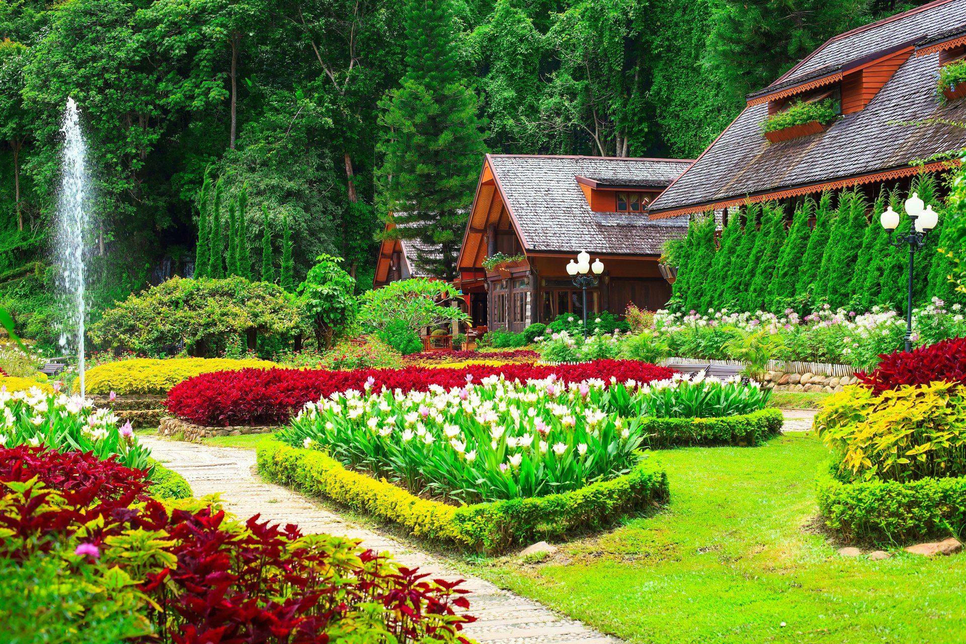 houses with beautiful flower gardens hd wallpaper