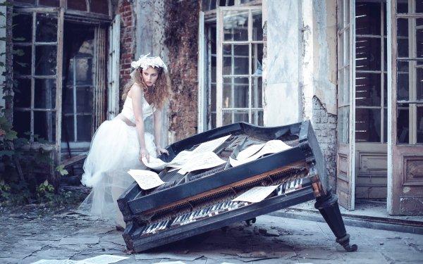 Women Bride Model Blonde Wedding Dress Sheet Music Piano HD Wallpaper | Background Image