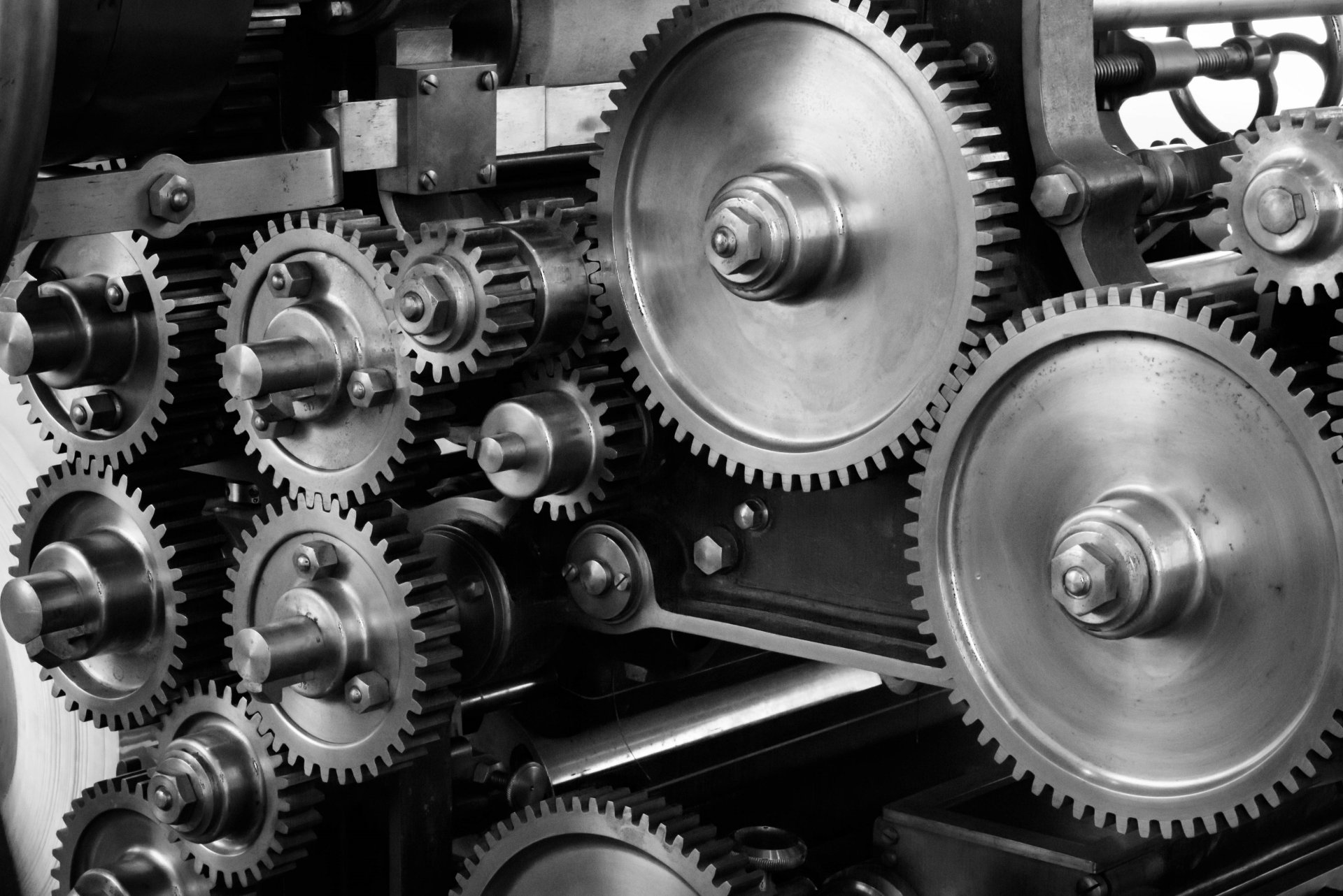 Man Made - Gear  Gears Black & White Wallpaper
