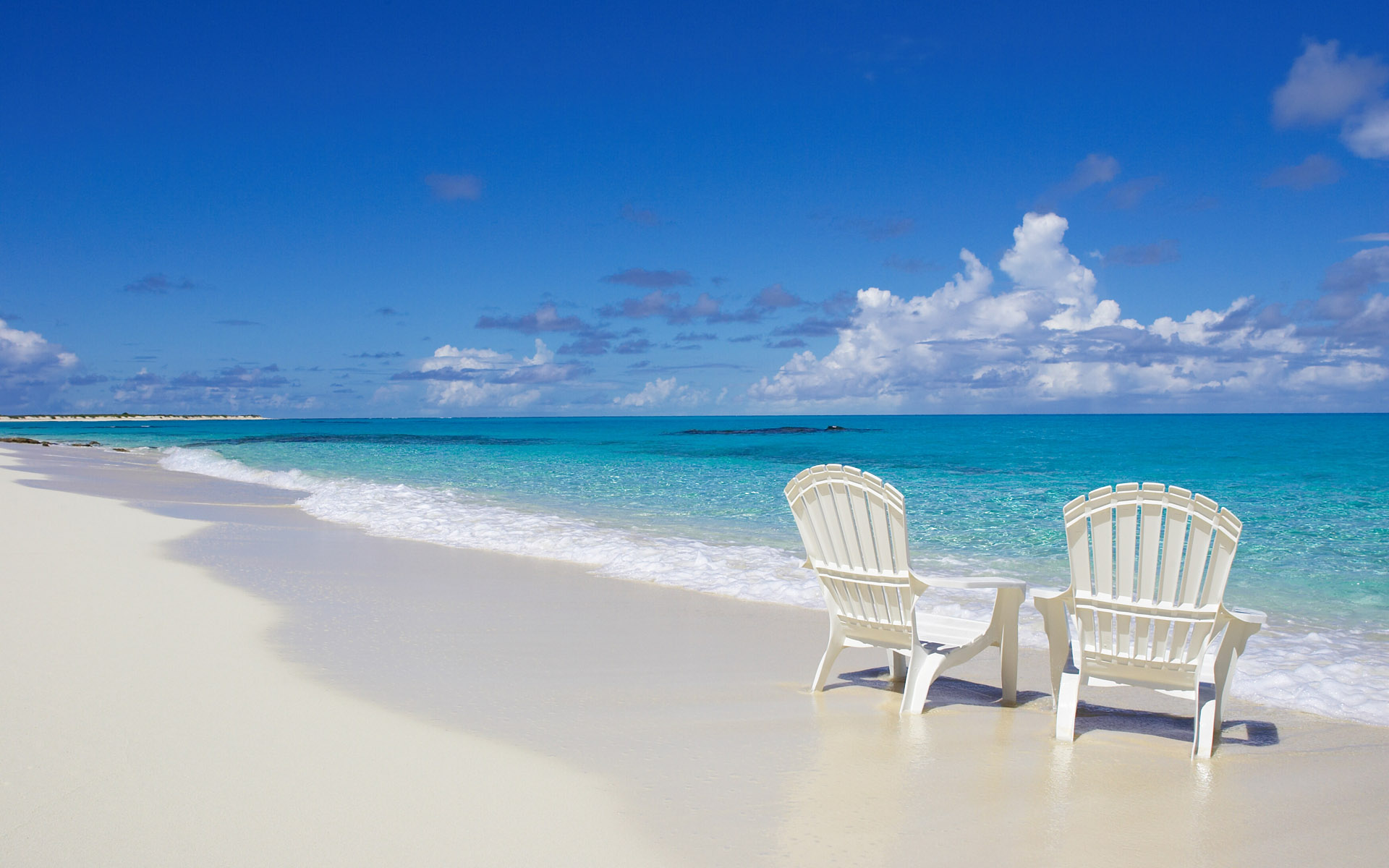 Beach Chair Desktop Wallpaper: Beach Chairs On The Shore HD Wallpaper