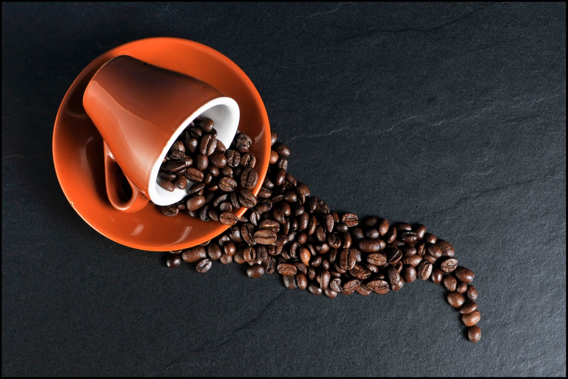 Food - Coffee  Red Cup Coffee Beans Wallpaper