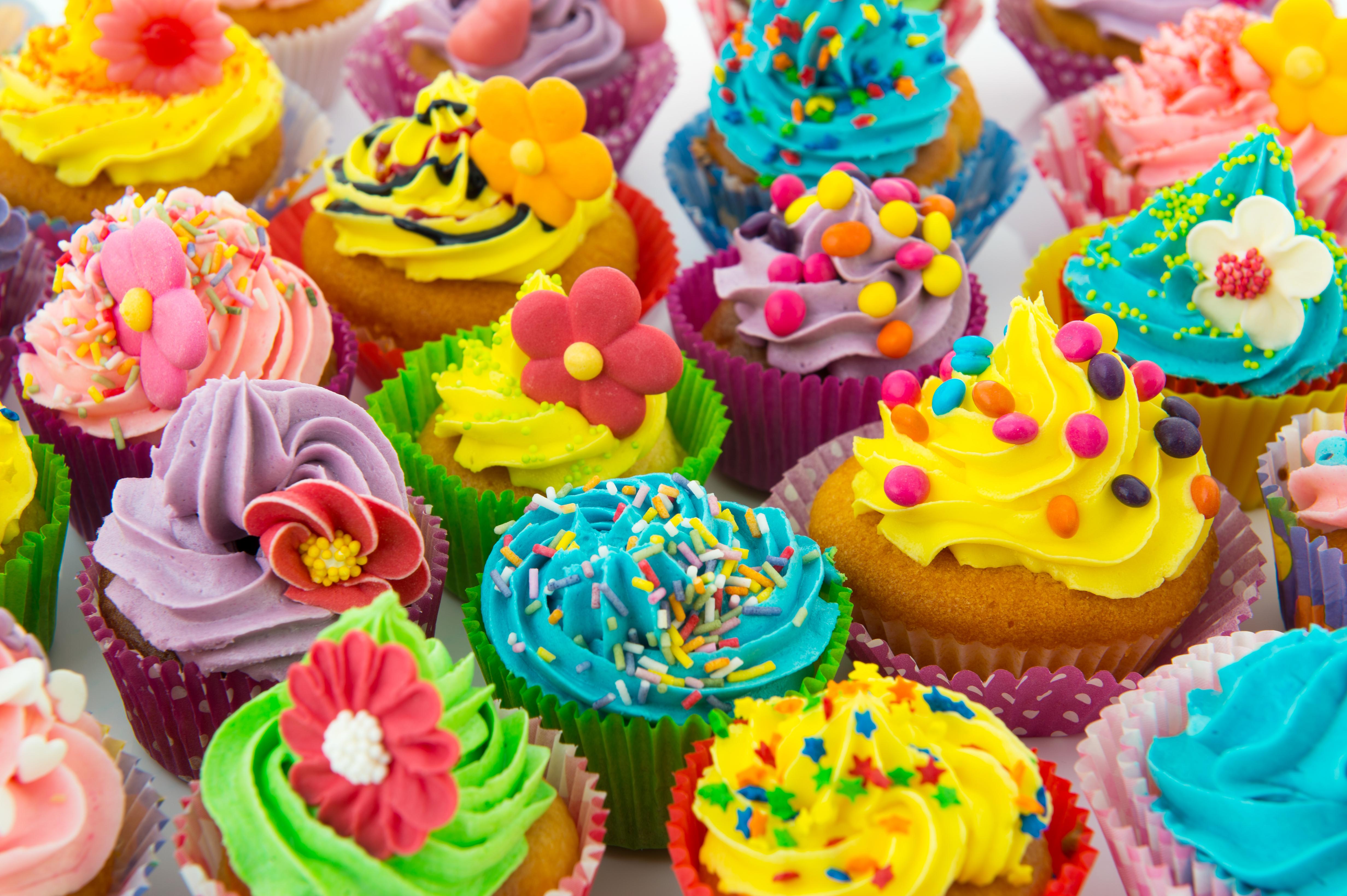 Colorful Food Wallpaper Free Download: Colorful Cupcakes 4k Ultra HD Wallpaper