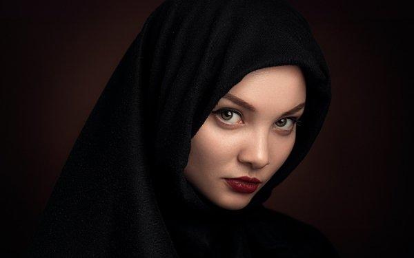 Women Face Model Lipstick Hazel Eyes HD Wallpaper | Background Image