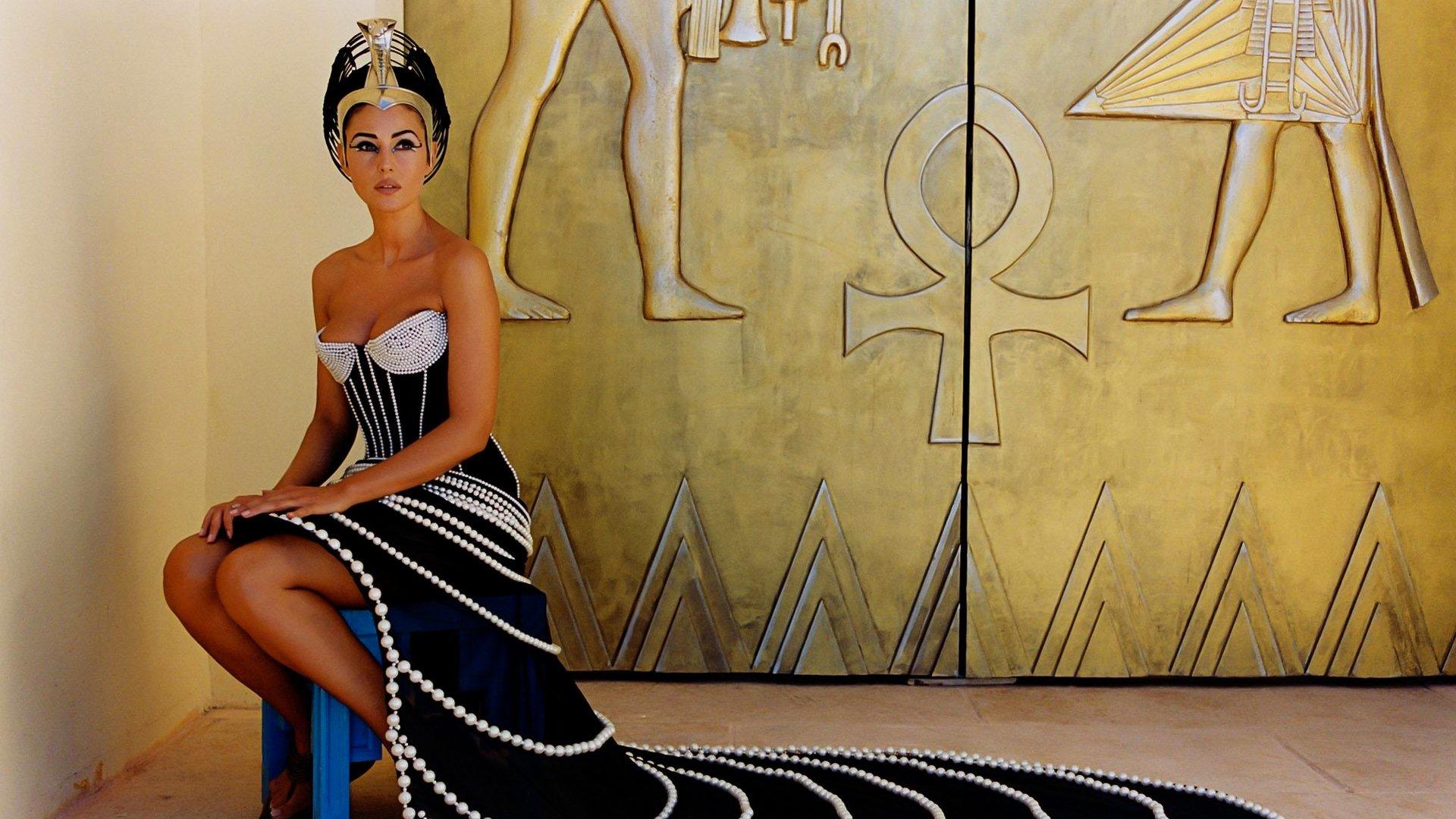H D Picture Of Queen Cleopatra: Asterix & Obelix: Mission Cleopatra HD Wallpaper