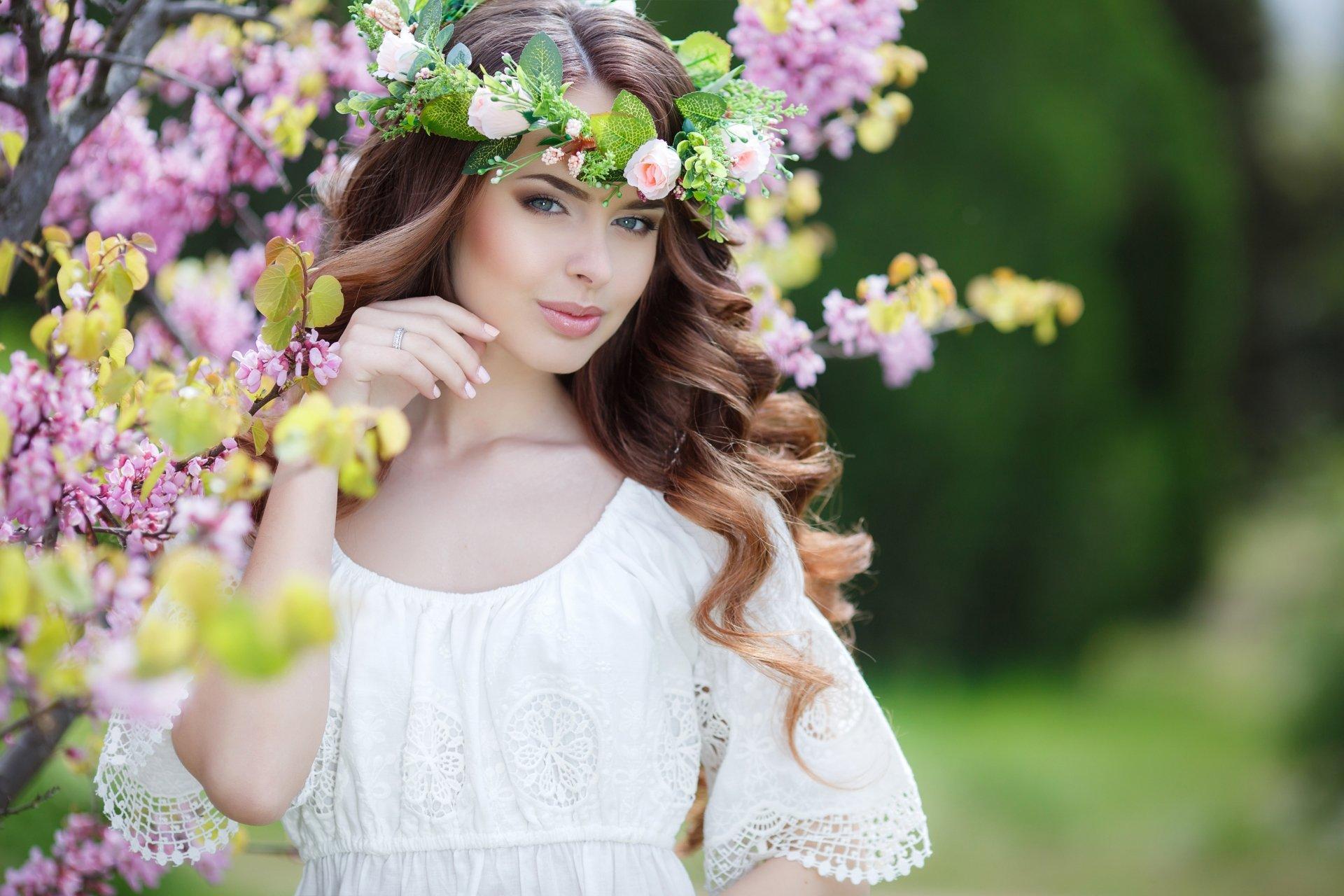 Women - Model  Woman Girl Brunette Depth Of Field Wreath Blossom White Dress Wallpaper