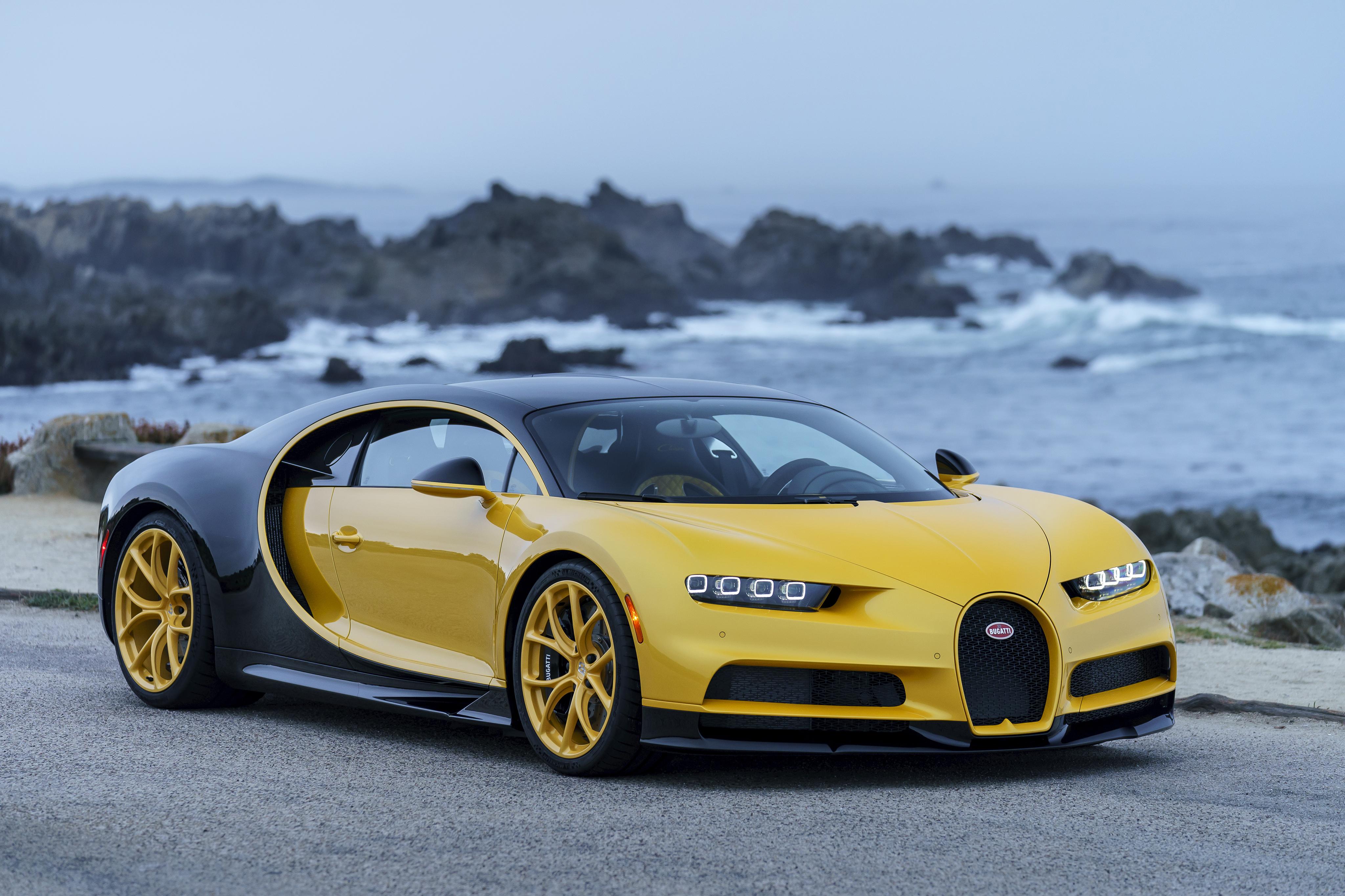 Bugatti Chiron 2018 Yellow And Black 4k Ultra Hd Wallpaper