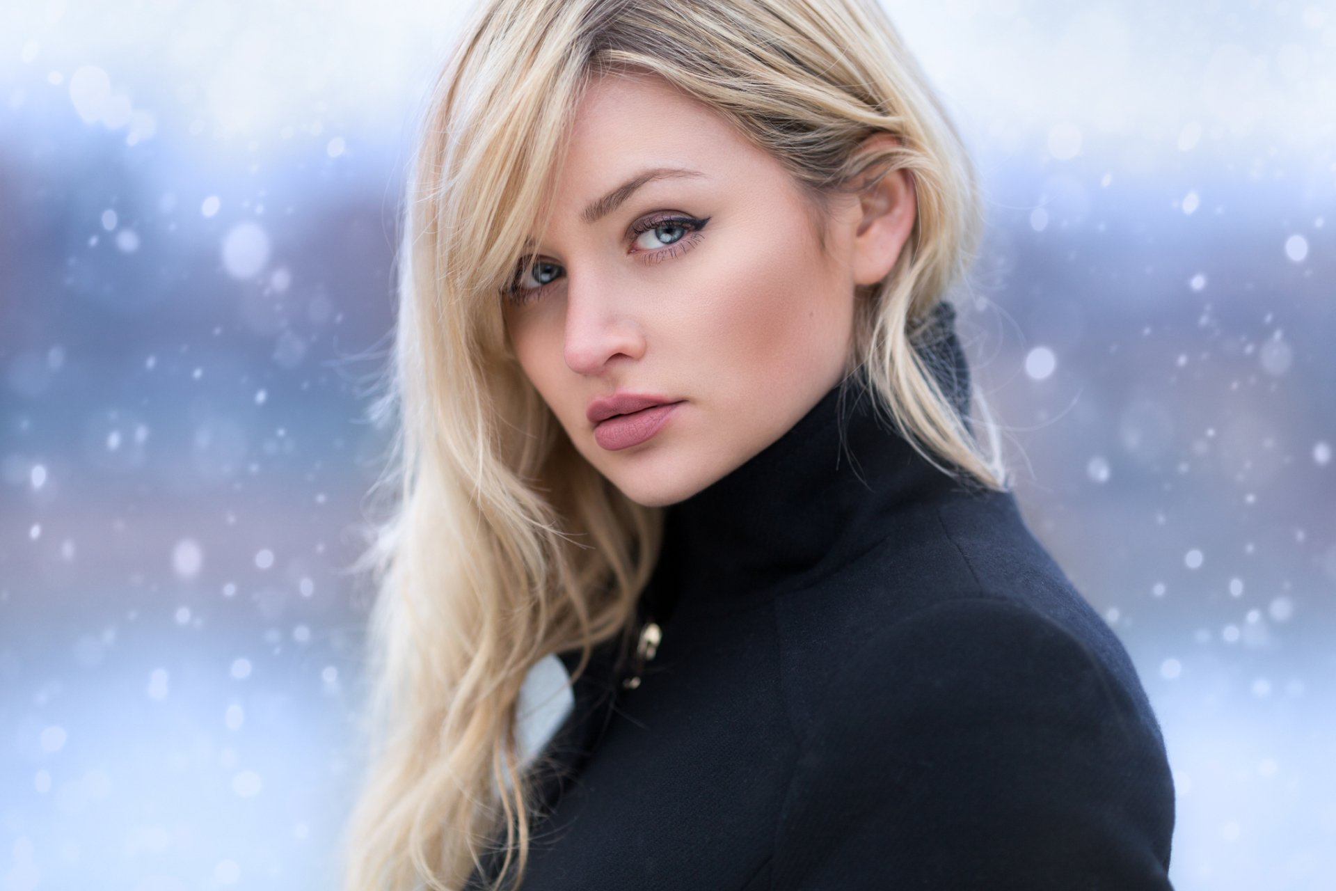 Women - Model  Blue Eyes Woman Girl Blonde Winter Face Snowfall Wallpaper