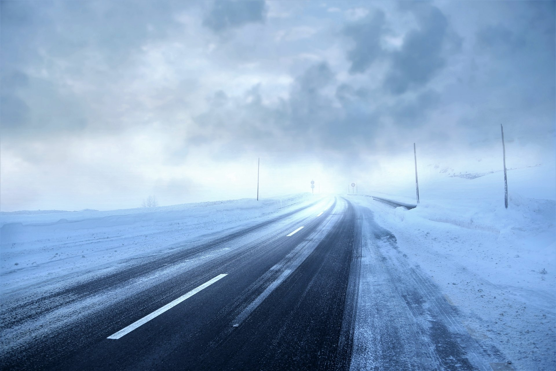 Photography - Winter  Road Snow Storm Wallpaper