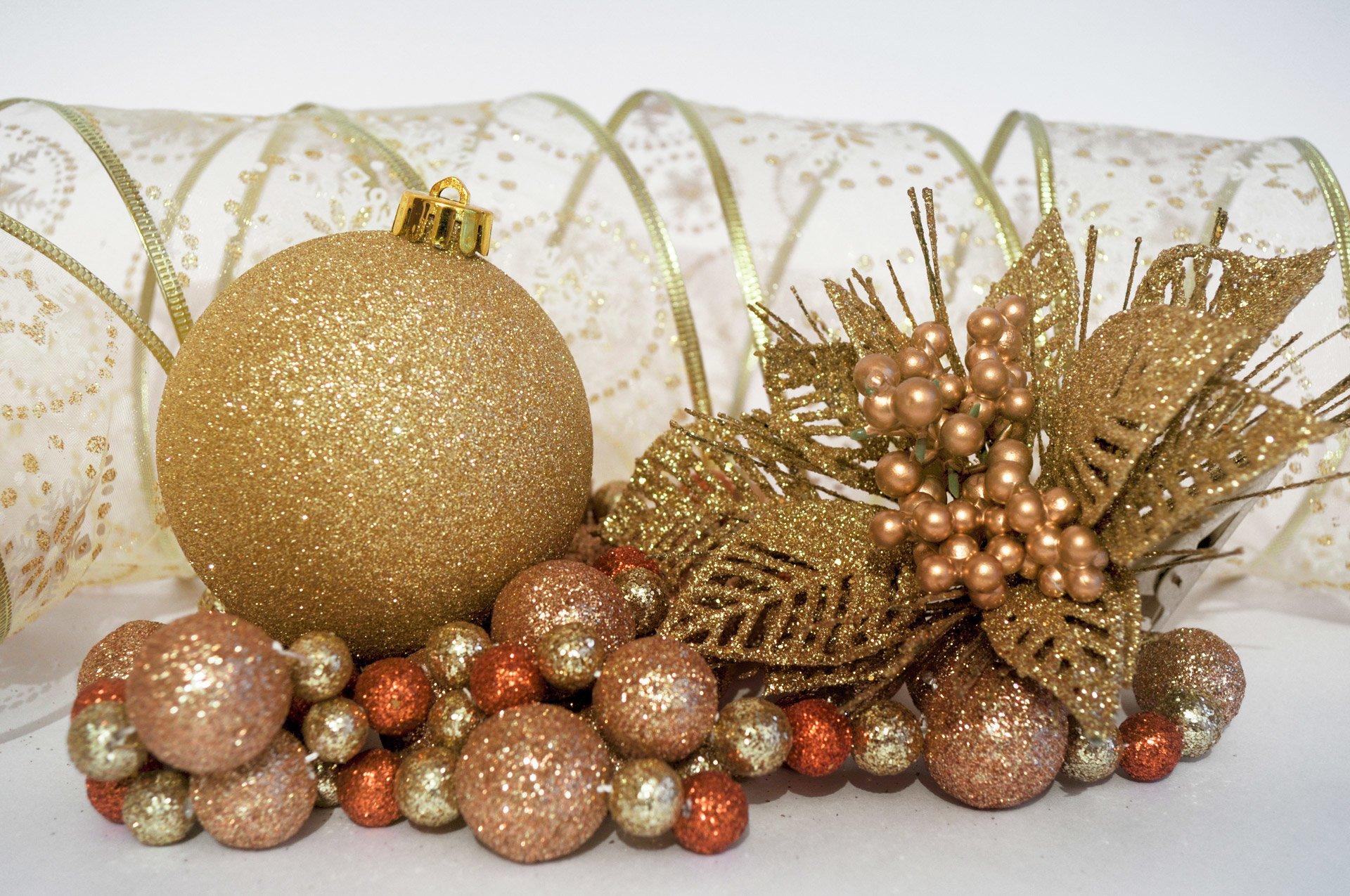 Holiday - Christmas  Decoration Christmas Ornaments Wallpaper