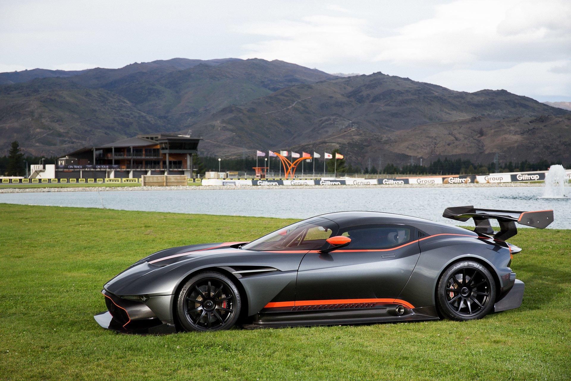 Транспортные Средства - Aston Martin Vulcan  Aston Martin Supercar Гоночные Автомобили Обои