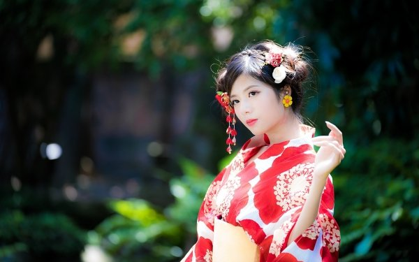 Women Asian Model Geisha Kimono Depth Of Field Brunette Brown Eyes Lipstick HD Wallpaper | Background Image