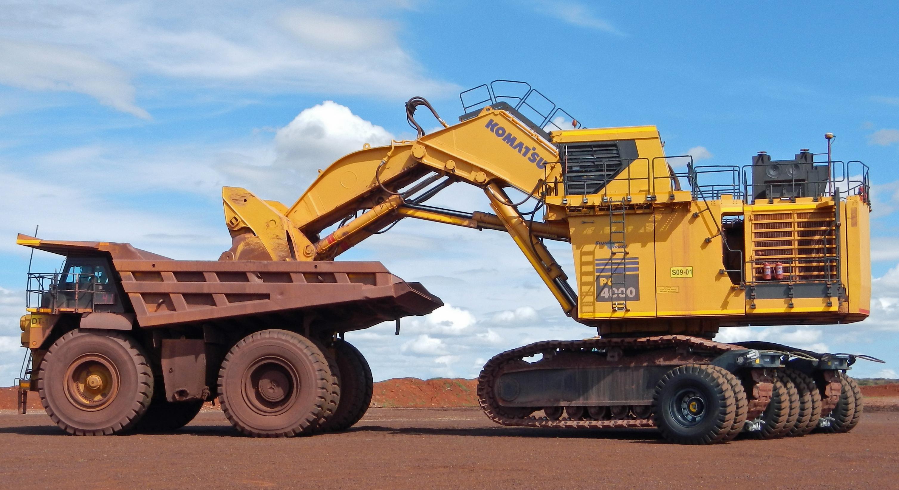 Komatsu pc4000 excavator dump truck hd wallpaper background image 3015x1644 id 932791 - Mining images hd ...