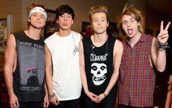 8 5 Seconds Of Summer Hd Wallpapers Background Images