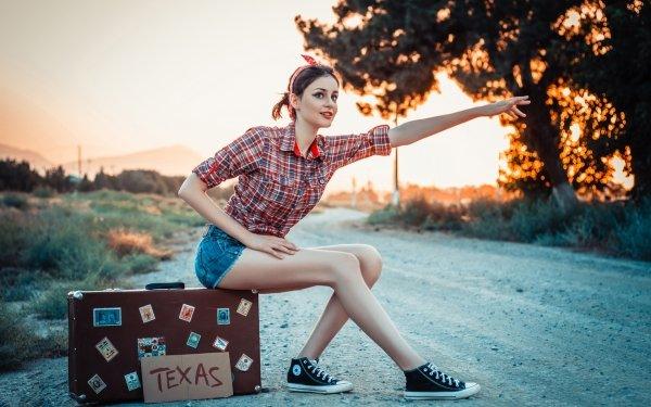 Women Model Models Woman Suitcase Shorts Brunette Hitchhiking HD Wallpaper | Background Image